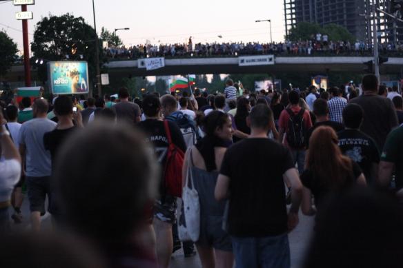 16 юни (3 ден) на протестите в София, срещу назначаването на Делян Пеевски за шеф на ДАНС и срещу новото правителство. Шествието при НДК. Снимка: Бистра Величкова